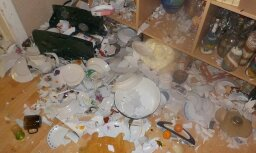 Дежурная по школе устроила дебош в кабинете домоводства, где разбила почти 100 тарелок