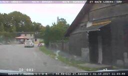 Baltinavā vīrietis ar auto bez tehniskās apskates bēg no policijas