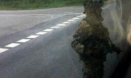 Военные заблокировали дорогу у Улброки, пассажиры автобуса не смогли попасть на свои остановки