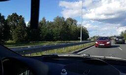 Video: Opis netālu no lidostas 'Rīga' sajauc braukšanas virzienu