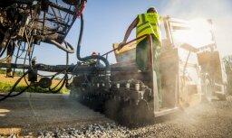 Foto: Kā šovasar remontē Latvijas autoceļus