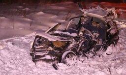 Литва: в ДТП с участием фуры из Латвии погибли два человека, а также пострадал ребенок