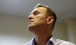 Kremlī izlemts nepielaist Navaļniju prezidenta vēlēšanām, ziņo BBC