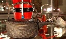 Fotoreportāža: Ventspilī skatāma privātās japāņu trauku kolekcijas izstāde