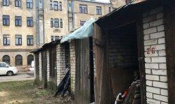 Šķūnīšos sildās kā pingvīni – lasītāju satrauc Rīgā mītošie bezpajumtnieki un narkomāni
