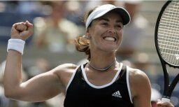 Hingisa ar Mareju uzvar otrajā 'Grand Slam' turnīrā pēc kārtas
