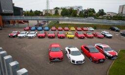 Foto: Rīgā ir nogādāti 25 'Audi' superauto speciālam pasākumam Biķernieku trasē