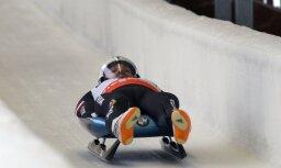 Kamaniņu braucējs Kivlenieks Siguldā triumfē Nāciju kausa sacensībās un sezonas kopvērtējumā