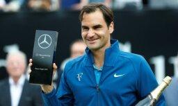 Federers pirms kļūšanas par pasaules pirmo raketi uzvar Štutgartes ATP turnīrā