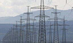 Biržā elektrības cena Baltijā pērn samazinājusies par 8%