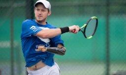 tennis player Alex Hunt