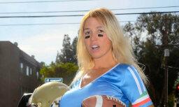 Draiskā krievu zvaizgne Nadja dedzīgi fano par amerikāņu futbolu