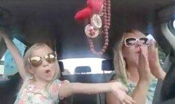 Liene Šomase jautra video dēļ pārkāpj Ceļu satiksmes noteikumus