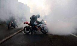 Полиция оштрафовала владельца мотоцикла, на котором байкер гонял на скорости 140 км/ч