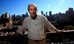 85 gadu vecumā miris amerikāņu rakstnieks Filips Rots