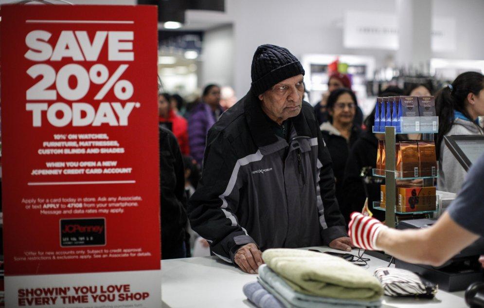 Black Friday  покупательское безумие в магазинах США и Европы (+как в нем  участвовать e0e41dd3b38