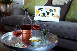 Vīns ar drošu piegādi – izgudrotas vīna pudeles, kas ietilpst pastkastītēs