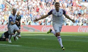Islandes futbolisti Pasaules kausa debijā atņem punktus spēcīgajai Argentīnai