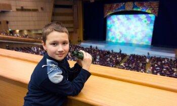 Izrāžu apskats: Divi labi piedzīvojumi bērnu auditorijai jeb latviešu klasika mūsdienu teātrī