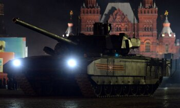 Vai izmēģinājumos Sīrijā iznīcināts krievu jaunais supertanks 'Armata'?