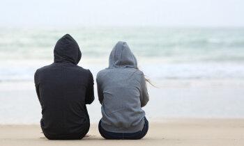 Разговоры могут спасти. Как понять, что ребенок задумывается о самоубийстве?