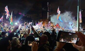 'Delfi' Londonā – Lielbritānija izstājas no ES; Briseles institūcijās nolaisti britu karogi