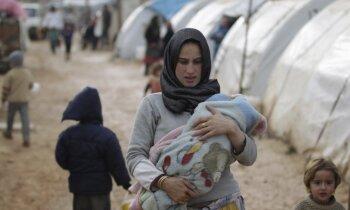 Latvijā ieradīsies pirmie bēgļi, Ziemassvētkos līs un kārtējais 'Latloto' superlaimests