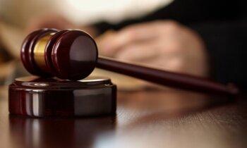 Magoņa sievu krimināllietā atzīst par piecu pulksteņu un 80 000 eiro īpašnieci