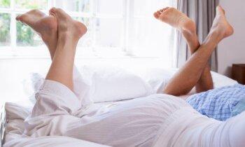 Mūžīgi sāpošā galva jeb padomi tiem, kam gultas prieki vairs nesagādā kādreizējo degsmi