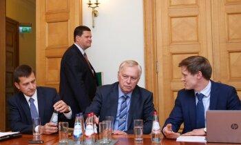 Gerharda plāns atlaist Rīgas domi nepārliecina ZZS; citas partijas optimistiskākas