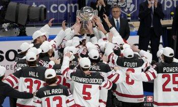 Kanādas izlase pēc pārvarētajām grūtībām triumfē pasaules čempionātā Rīgā
