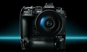 'Olympus' savas 100 gades svinības sāk ar vērienu – 3000 eiro vērtu fotokameru