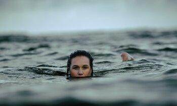 Veselīgi visiem? Svarīgākais par 'roņošanu' jeb peldēšanos visas sezonas garumā