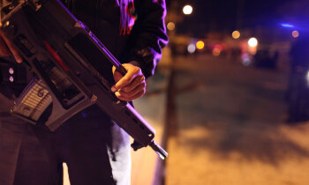 Dāvanas trūcīgajiem un apšaudes: kā Covid-19 ietekmējis Meksikas narkokarteļus