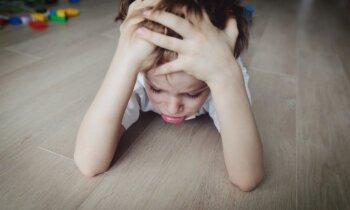 Skaidro speciālists: kā tikt galā ar bērna dusmu izvirdumiem