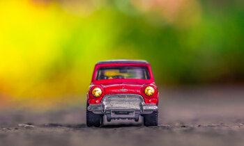 Latvijas bankas atsaka kredītu sen iecerētam ģimenes auto – dzīve pēc maksātnespējas