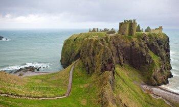 Aberdīna Skotijā – kā sataustīt pili miglā un neatsist galvu krāsnī viskija darītavā