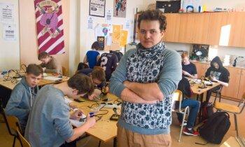 Skolotājs Edgars Bajaruns: ja bērnos investēsim, viņus līdz kosmosam var aizvest