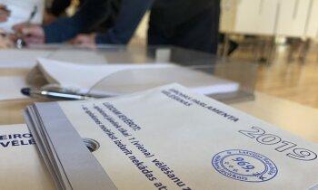 EP vēlēšanas Latvijā aizvadītas mierīgi; darbu turpina pieci iecirkņi ārvalstīs