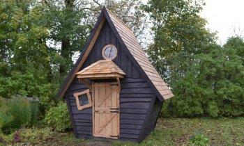 Šarmantā pieticība – entuziasti uzbūvējuši 12 kvadrātmetrus mazu viesu namiņu Bauskā