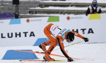 Video: Apņēmīgs venecuēliešu slēpotājs izpelnās skatītāju ovācijas PČ Lahti