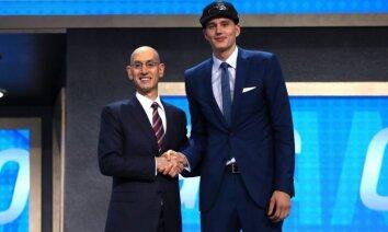 Pasečņiku NBA draftā izvēlas 'Magic' un aizmaina uz līgas pastarīti '76ers'