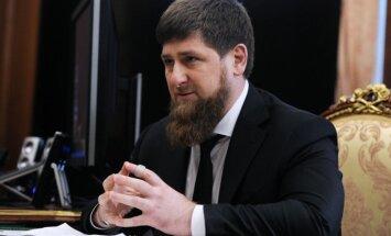 Kadirovs paziņo, ka dosies apciemot Asadu