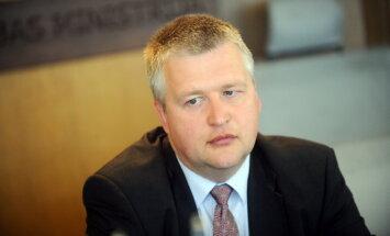 Čakša: Lapiņš ir viens no iespējamajiem VM valsts sekretāra amata kandidātiem