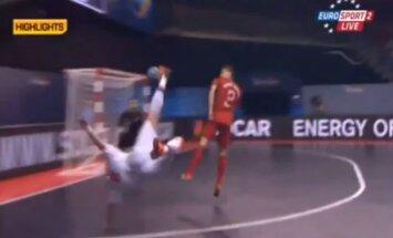 Video: Šiks vārtu guvums Eiropas telpu futbola čempionātā