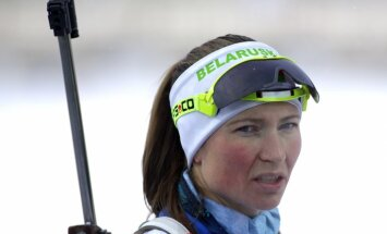 Белоруска Домрачева выиграла спринт на этапе Кубка мира в Тюмени