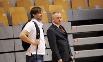 Basketbola skandāls: LBS nekonstatē Jučmaņa pārkāpumus un atvainojas