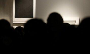 Zem Maļeviča 'Melnā kvadrāta' atrasti divi citi gleznojumi
