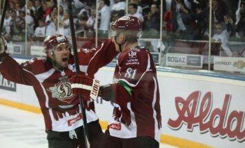 KHL saglabā Rīgas 'Dinamo' savā sastāvā un komandām palielina spēļu skaitu