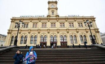 Maskavā spridzināšanas draudu dēļ evakuē trīs dzelzceļa stacijas